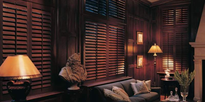 4 Things to Consider Before Buying Hardwood Shutters